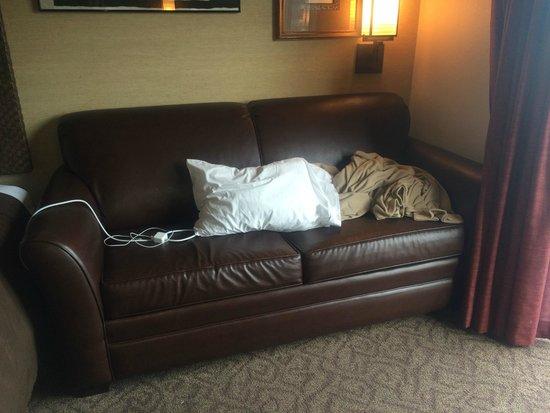 Kalahari Resorts & Conventions: Blanket not folded