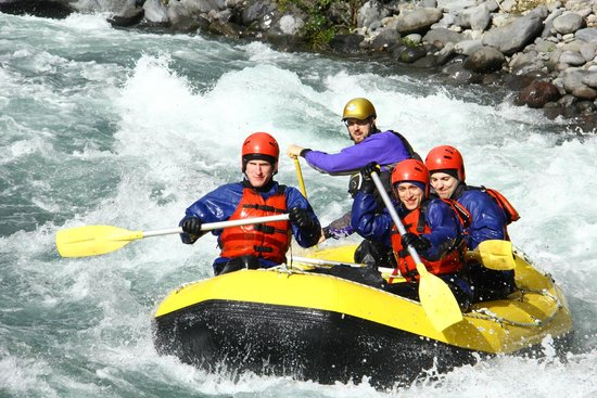 Tongariro River Rafting: Three (four) Men in a Boat