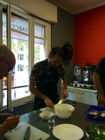 Barcelona Cooking Classes: In the Kitchen