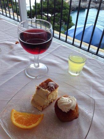 Hotel Weber Ambassador Capri: Dessert!