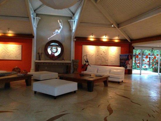 Perola Buzios Hotel: Saguão
