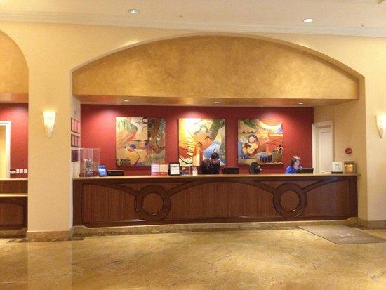 Doubletree Suites by Hilton Hotel Anaheim Resort - Convention  Center: Front Desk