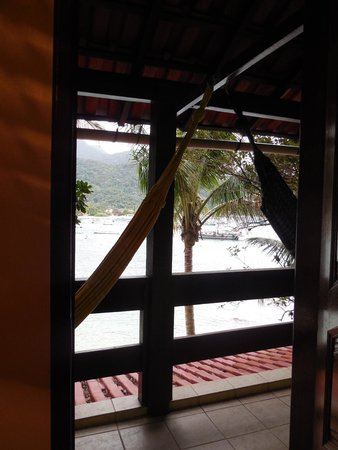 Che Lagarto Hostel Ilha Grande: view from private room + hammock