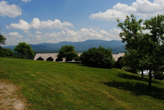 Trapp Family Lodge : Start of Hiking Trail