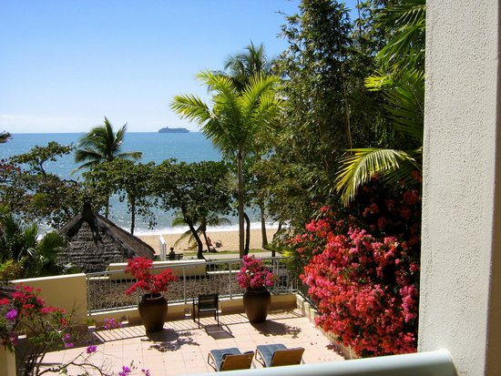 Sea Change Beachfront Apartments: Views out to sea