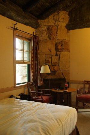 Grand Canyon Lodge - North Rim : Inside the Cabin