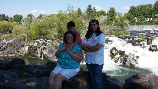 Snake River Greenbelt: My family
