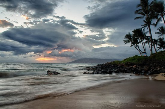 Kamaole Beach Park II with hurricane Iselle storm clouds approaching