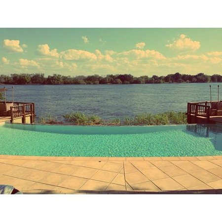 The David Livingstone Safari Lodge & Spa: Infinity pool