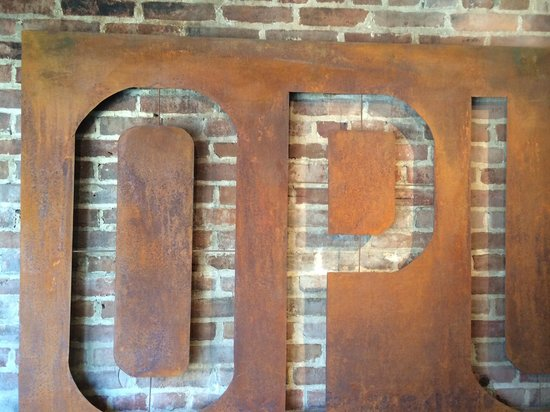 Opus Espresso & Food Bar: Part of the sign as you enter