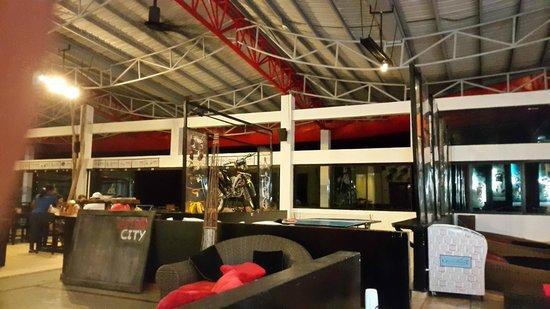 Nitro City Panama Action Sports Resort : rest deco
