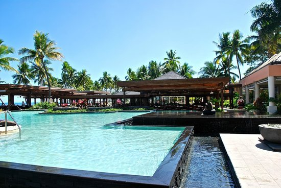 Sheraton Fiji Resort : Pool area (there's a separate adults only pool too)