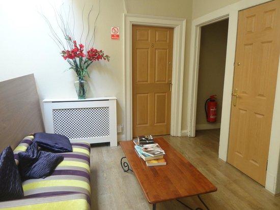 The Edinburgh Townhouse: sala de estar em área comum