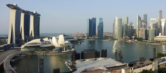 The Ritz-Carlton, Millenia Singapore: View of Marina Bay