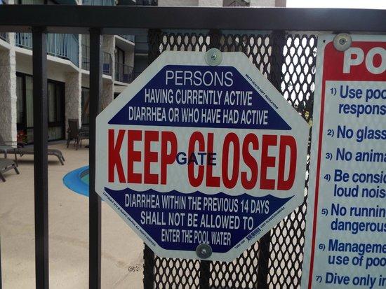 Best Western Yacht Harbor Hotel: Pool Sign