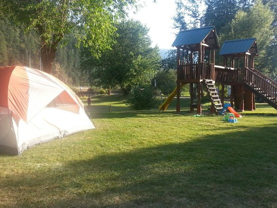 Wolf Lodge RV Campground : Tent Site 35 next to kid's play area