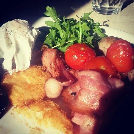 The Nook Caffe Restaurant : 'The Nook Breakfast' - the big breakfast > very tasty