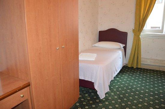 Hotel Texas: single en-suite