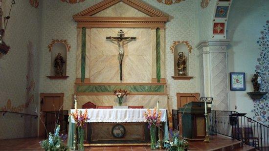 Mission San Luis Obispo de Tolosa: Main Alter