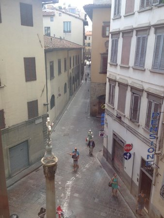 Hotel L'Orologio: The lovely street view from the window