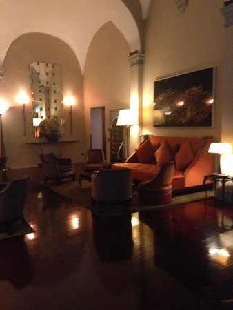 Hotel L'Orologio: The lobby area
