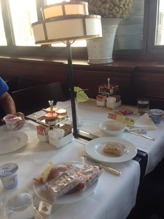 Hotel L'Orologio: Superb breakfast