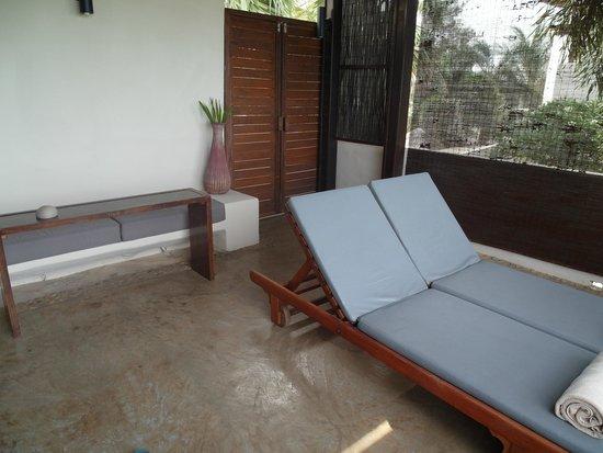 Aleenta Resort Pranburi: Porch and private door