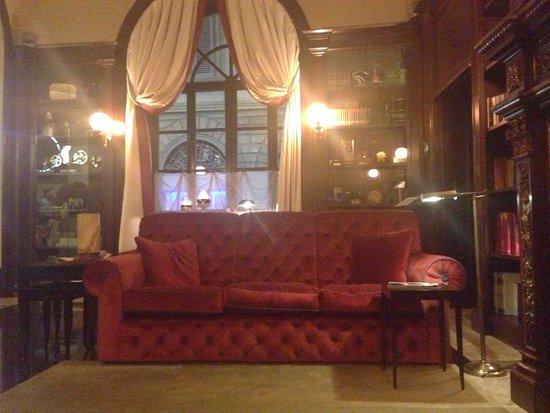 Hotel L'Orologio: Lobby area