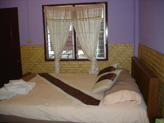 Ban Mai Tchai Ka : 3 bedrooms (fan-cooled and air con)