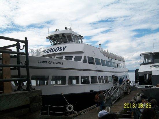 Argosy Cruises - Seattle Waterfront : Argosy tour boat