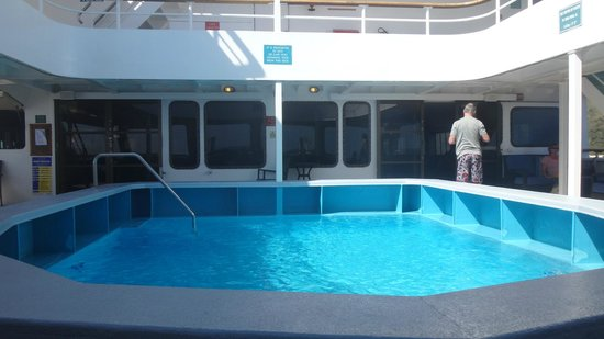 Captain Cook Cruises - Fiji Day & Dinner Cruises : Pool on the boat - think they used it to train new scuba people