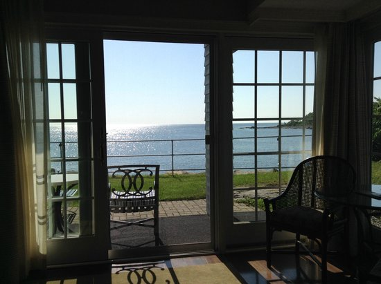 Stage Neck Inn: The view from room 206