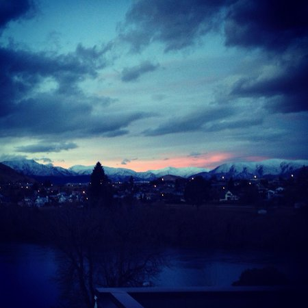 DoubleTree by Hilton Hotel Queenstown: A view from room 403