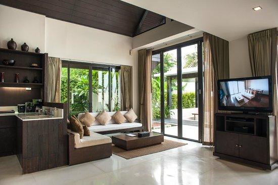The Sea Koh Samui Boutique Resort & Residences : Pool villa living area