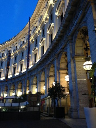 Boscolo Exedra Roma, Autograph Collection: The night view