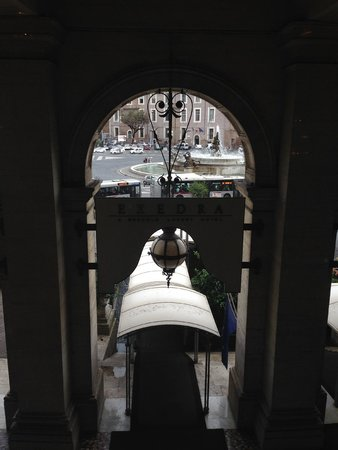 Boscolo Exedra Roma, Autograph Collection: View from the breakfast restaurant
