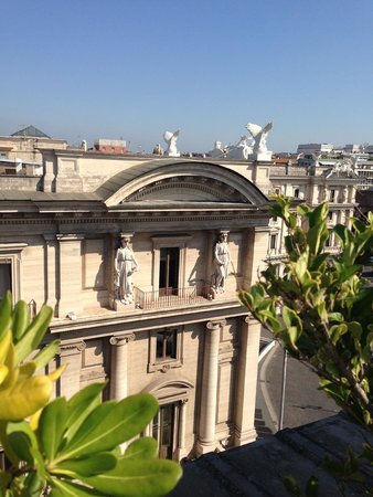 Boscolo Exedra Roma, Autograph Collection : Another view from pool top