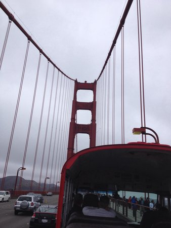 City Sightseeing: Crossing the Golden Gate Bridge