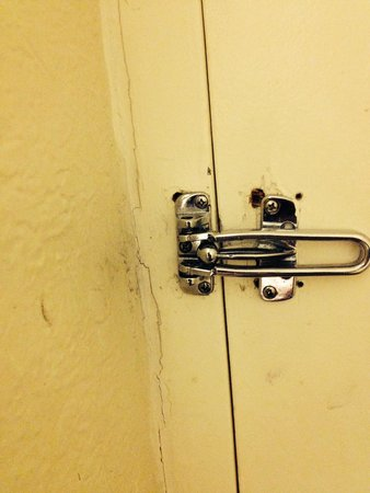 International Palms Resort & Conference Center: lock for door pulls out with hands & mold