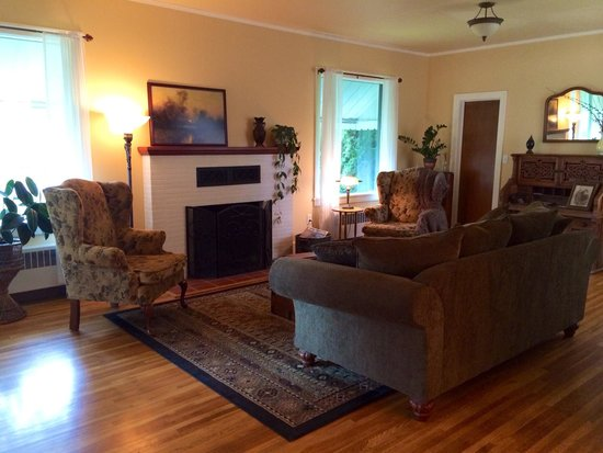 The Inn At Woodhaven Farm: Living room