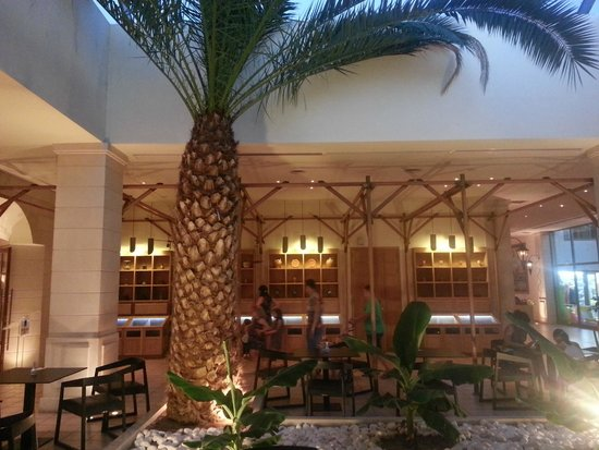 Arina Sand Resort : Lobby