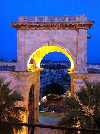 Bastione di Saint Remy la sera al tramonto