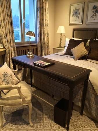 Gstaad Palace Hotel: cozy room