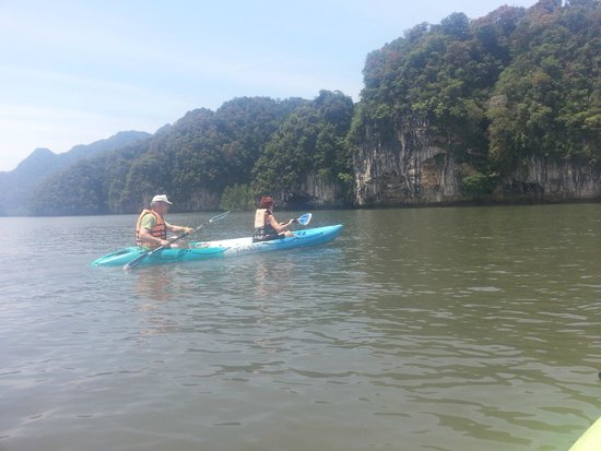 Ao Thalane : My parents on the way to the canyon in a 2-3 person sit on top kayak