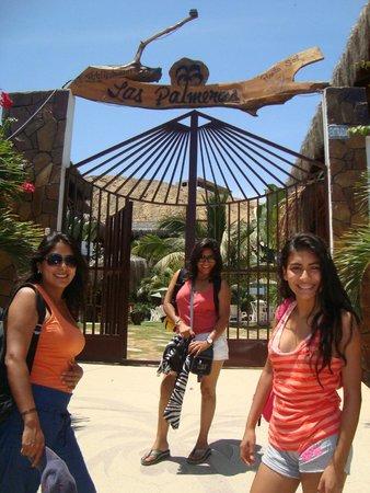 Las Palmeras de Punta Sal: INGRESANDO AL HOTEL