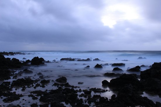 Oahu Photography Tours: Stormy sunrise