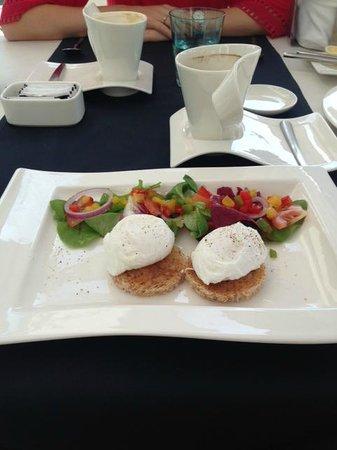 Hotel Damianii: Frühstückseier