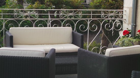 Hotel Le Pavillon des Lys : private terrace