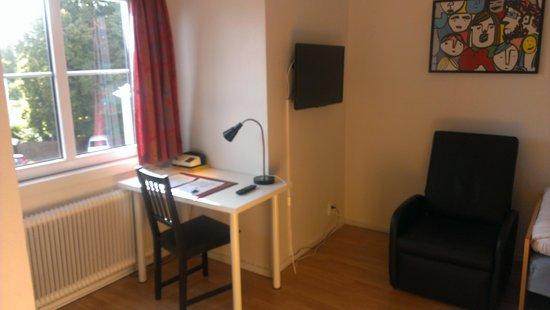 Hotel Varend: Schreibtisch