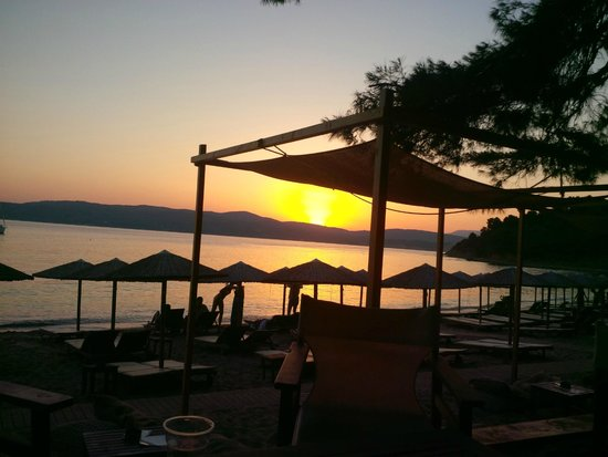 Agia Eleni Summer Beach Bar